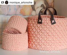 """595 curtidas, 4 comentários - Elisa (@fiosdemalha) no Instagram: """"Bom dia! Linda inspiração, feito por @monique_artcroche 😍 perfeição nos pontos! Simplesmente…"""""""