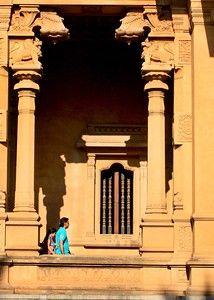 At the Kelaniya Temple #architecture #photography #people
