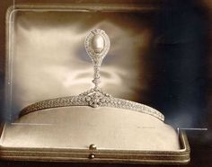 The Stockholm Tiara ~ This rather unusual piece was a wedding gift to Princess Astrid of Belgium (née Princess Astrid of Sweden) from the people of Stockholm in 1926