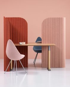 Note Design creates office divider for people working on the go