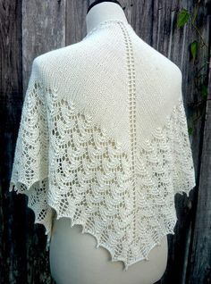 Ravelry: MyDailyFiber's Beaded Shawl for a Bride lace shawl Fleece Patterns, Easy Crochet Patterns, Knitting Patterns, Knitted Shawls, Crochet Shawl, Knit Crochet, Lace Knitting, Shawls And Wraps, Sewing