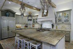 trendy Ideas for rustic wood floors grey countertops Wood Kitchen Island, Kitchen Redo, Rustic Kitchen, New Kitchen, Kitchen Remodel, Wooden Island, Wooden Kitchen, Kitchen Backsplash, Kitchen Interior