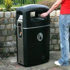 The Integro™ is an outdoor litter and cigarette waste bin. Its slim and modern design allows it to be suited in many locations. #GlasdonUK #ExternalLitter #Bins #CigaretteBin #CigaretteDisposal