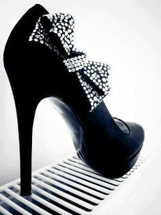 ~Adorable Rounded Heels #41~ To Cute should be Illegal <3 Repin <3  ,Share <3  Love <3  -CheyNikki #AdorableRoundedHeels<3