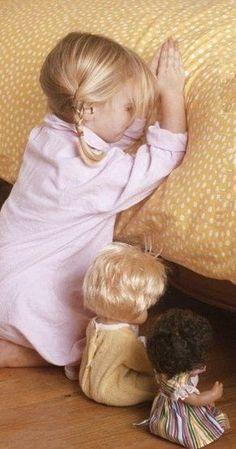 ★ Princessly Pink ★ Jesus loves the little children. Little Children, Precious Children, Beautiful Children, Beautiful Babies, Little Girls, Baby Kind, Baby Love, Little People, Little Ones