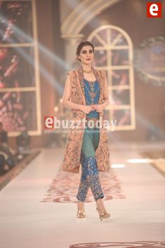 niloffer-shahid-telenor-bridal-couture-week-2015-ebuzztoday (136)