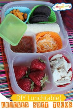 Healthy Lunch(able) Chicken Soft Tacos | with @EasyLunchboxes containers