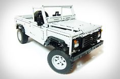 If you needed yet another reminder that you& far from being a Lego master builder, check out & mind-blowingly awesome Land Rover Defender 110 built from over pieces. It could probably endure an off-road adventure better than your compact car. Land Rover Defender 110, Landrover Defender, Defender 90, Land Rovers, Thing 1, Off Road, Cool Lego, Awesome Lego, Lego Technic