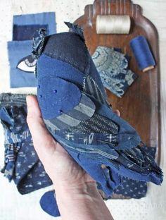 mending, tiny pants, a blue owl, and other travel sewing – ann wood handmade Fabric Birds, Fabric Art, Fabric Scraps, Scrap Fabric Projects, Diy Sewing Projects, Textile Sculpture, Soft Sculpture, Bird Sculpture, Owl Sewing
