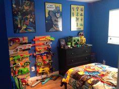 Great Guy Room With Gun Rack