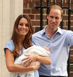 The Duke and Duchess of Cambridge have unveiled the name of their royal baby! Prince George of Cambridge is the latest addition to the royal family. Prince Georges, Prince George Alexander Louis, Prince William And Catherine, William Kate, Kate Middleton, Duchess Kate, Duke And Duchess, Royal Baby Boys, Royal Babies