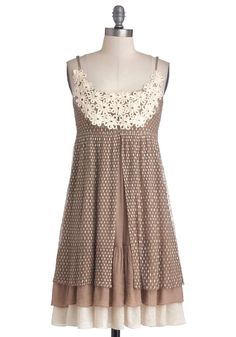 Coffee Cake Break Dress, I think this would be super cute wit a cardigan and some leggings and a pair of flats Vestidos Vintage Retro, Retro Vintage Dresses, Vintage Outfits, Pretty Outfits, Cute Outfits, Emo Outfits, Scoop Neck Dress, Mod Dress, Lace Dress
