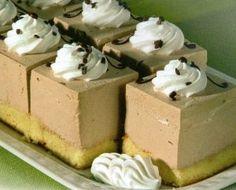 Kremasti kolačići s lješnjakom - Recepti za kolače Croatian Recipes, Hungarian Recipes, Mousse, Cream Cake, Vanilla Cake, Cravings, Caramel, Biscuit, Favorite Recipes