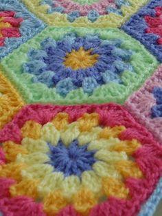"Crochet - Free Pattern: ""Rainy Days and Hexagons"" - Level: easy."