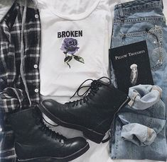 # geek clothing geek clothing # geek clothing # grunge outfit Visit the post for more. Grunge Outfits, 90s Fashion Grunge, Edgy Outfits, Cute Casual Outfits, Fashion Outfits, Geek Fashion, Fashion Styles, Boy Fashion, Winter Fashion