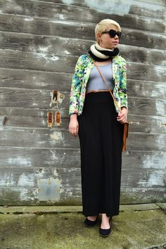 Fleur d'Elise: Look of the Day: Floral blazer + handmade scarf