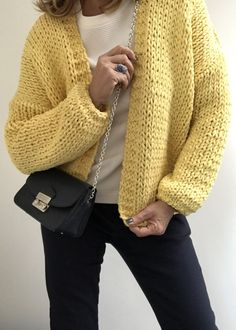 PureMe is a fashionlabel Premium handmade knitwear Designed by me, made for you. Knitting Designs, Knitting Patterns Free, Knitting Projects, Hand Knitting, Crochet Projects, Knit Cardigan Pattern, Shrug Pattern, Free Pattern, Fluffy Sweater