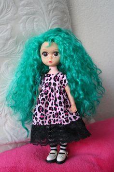 Vintage Susie Sad Eyes Doll re-rooted in Teal Mohair