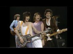 Os Rolling Stones são uma das melhores bandas de rock de todos os tempos. Ouça os 24 maiores clássicos desses roqueiros imortais e dance sem parar!