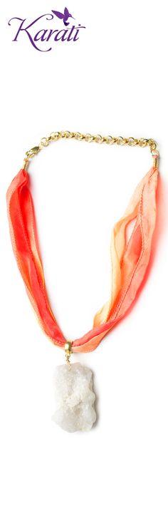 #collar de #sedaparajoyería con #cuarzo druzy Compra todo el material que necesites para tu negocio en www.karati.com