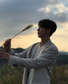 Nam Joo Hyuk | Instagram - I'm jealous of that wheat..   ... I wonder how many times that phrase has been uttered before in the history of mankind..
