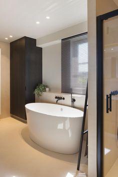 Facts On Incredible Bathroom Remodel Ideas DIY Very Small Bathroom, Master Bathroom Shower, Bathroom Blinds, Bathroom Windows, Bathroom Design Small, Simple Bathroom, Bathroom Interior Design, Modern Bathroom, Bathroom Remodel Cost