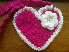 There where is Soleil...: Heart Handbag is ready!  free pattern
