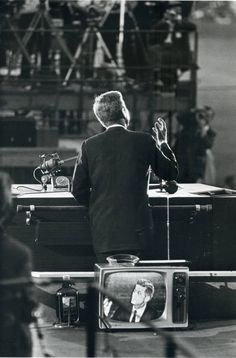 John F. Kennedy at Democratic National Convention, Los Angeles, photo by Garry Winogrand, 1960.