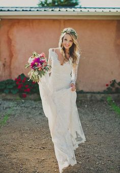 Gorgeous long sleeve lace wedding dress perfect for bohemian brides - Deer Pearl Flowers