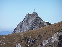 Góra – wysokość względna ponad 300 m.