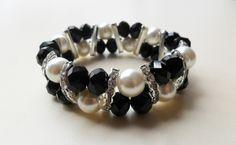 brazalete en perlas y muranos separadores media luna en strass diseño de color beads.
