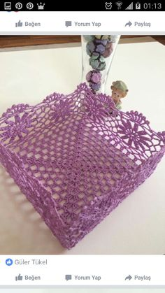 This Pin was discovered by Gün Blog Crochet, Crochet Gifts, Filet Crochet, Crochet Doilies, Hand Crochet, Crochet Bowl, Crochet Basket Pattern, Knit Basket, Crochet Patterns