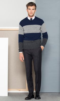 Sweater gris  con corbatas