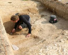 An archaeology team led by a Kingston University academic has delved back into a Neolithic site at Damerham, Hampshire, and uncovered a sink hole of material that may hold vital information about the plant species thriving there 6,000 years ago [Credit: Kingston University]