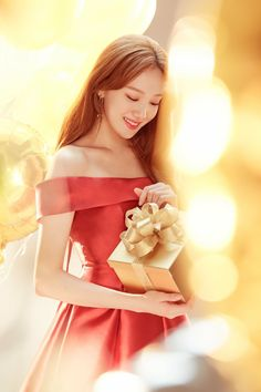 Lee Sung Kyung Female Actresses, Korean Actresses, Korean Actors, Lee Sung Kyung Wallpaper, Nam Joo Hyuk Lee Sung Kyung, Minions, Weightlifting Fairy Kim Bok Joo, Korean Celebrities, Korean Model
