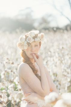 Beautiful Magic Hour Light for a Cotton Field Wedding Portrait | JoPhoto | See More! http://heyweddinglady.com/dreamy-southern-cotton-field-styled-bridal-shoot/