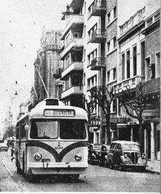 Montevideo, Alfa Romeo, Buses, Motor, Times Square, Cars, History, Country, Vehicles