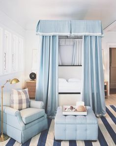 Waking up in (blue) paradise! ♂️ Welllll, that's not strictly true but I did dream about this beautiful bedroom inside the new @onekingslane store at 11 Jobs Lane, Southampton!  #OKLpartner It was designed by @markdsikes and it was one of the inspiration moments I shared during my takeover of OKL's insta story yesterday.  There were so many fun design ideas for the new house, and rumour has it I made a little purchase...!  Check it out and have a lovely Sunday, everyone! ✨…