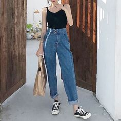 ropa 17 New Ideas Fashion Website Fashion Outfits fashion ideas website Korean Outfits, Mode Outfits, Retro Outfits, Cute Casual Outfits, Vintage Outfits, Summer Outfits, Look Fashion, 90s Fashion, Fashion Outfits