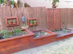 Cute idea for those of you who have a fenced yard! Home Improvement Ideas, Photos and Answers :: Hometalk