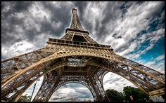 Paris - Eiffel Tower V WP by superjuju29.deviantart.com