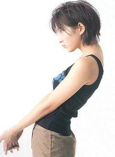 baltan-av:    96ryuji:    smooth:    moreangels:    array:    shashinmeister:    ganpukudou:    petapeta:    yamato:    forestk:  広末涼子 | AppBank tumblr - 4U
