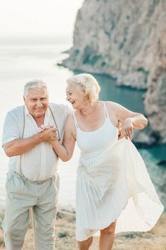 Photography, anniversary, old couple photography, old couples, weddi. Vieux Couples, Old Couples, Couples In Love, Wedding Anniversary Photos, 50th Anniversary, Old Couple Photography, Friend Photography, Maternity Photography, Photography Poses
