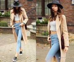 Уличная мода: Оттенки бежевого в уличном стиле: модные луки с бежевым пальто осень 2014