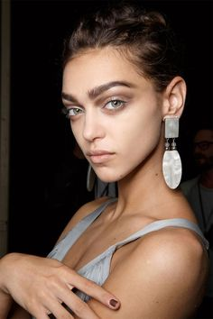 Makeup Trends for Spring 2015 / Brown-Eyed Girls / GIORGIO ARMANI.