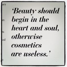 Trendy makeup quotes coco chanel wisdom How can you learn tricks if you're just starting to make … Great Quotes, Quotes To Live By, Me Quotes, Motivational Quotes, Inspirational Quotes, Funny Quotes, Hair Quotes, Makeup Quotes, Coco Chanel Quotes