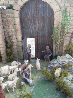 Belen artesanal: Catálogo de construcciones Christmas Nativity Scene, Winter Painting, Diy And Crafts, Lion Sculpture, Xmas, Statue, Wallpaper, Ideas Para, Israel