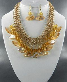 Gold glass necklace set