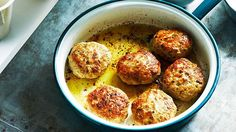 Lemon chicken rissoles recipe - By Australian Women's Weekly, These zesty lemon chicken rissoles are full of flavour, take less than 30 minutes to make and are perfect for lunch or dinner. Mince Recipes, Beef Recipes, Baking Recipes, Chicken Recipes, Healthy Recipes, Chicken Meals, Mince Meals, Mince Dishes, Weekly Recipes
