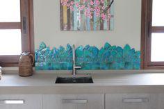 Handmade tile - Kitchen splashback Jungla leaves. www.gvega.com.